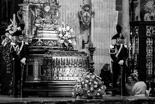 Sant' Agata, tra fuoco e fiamme