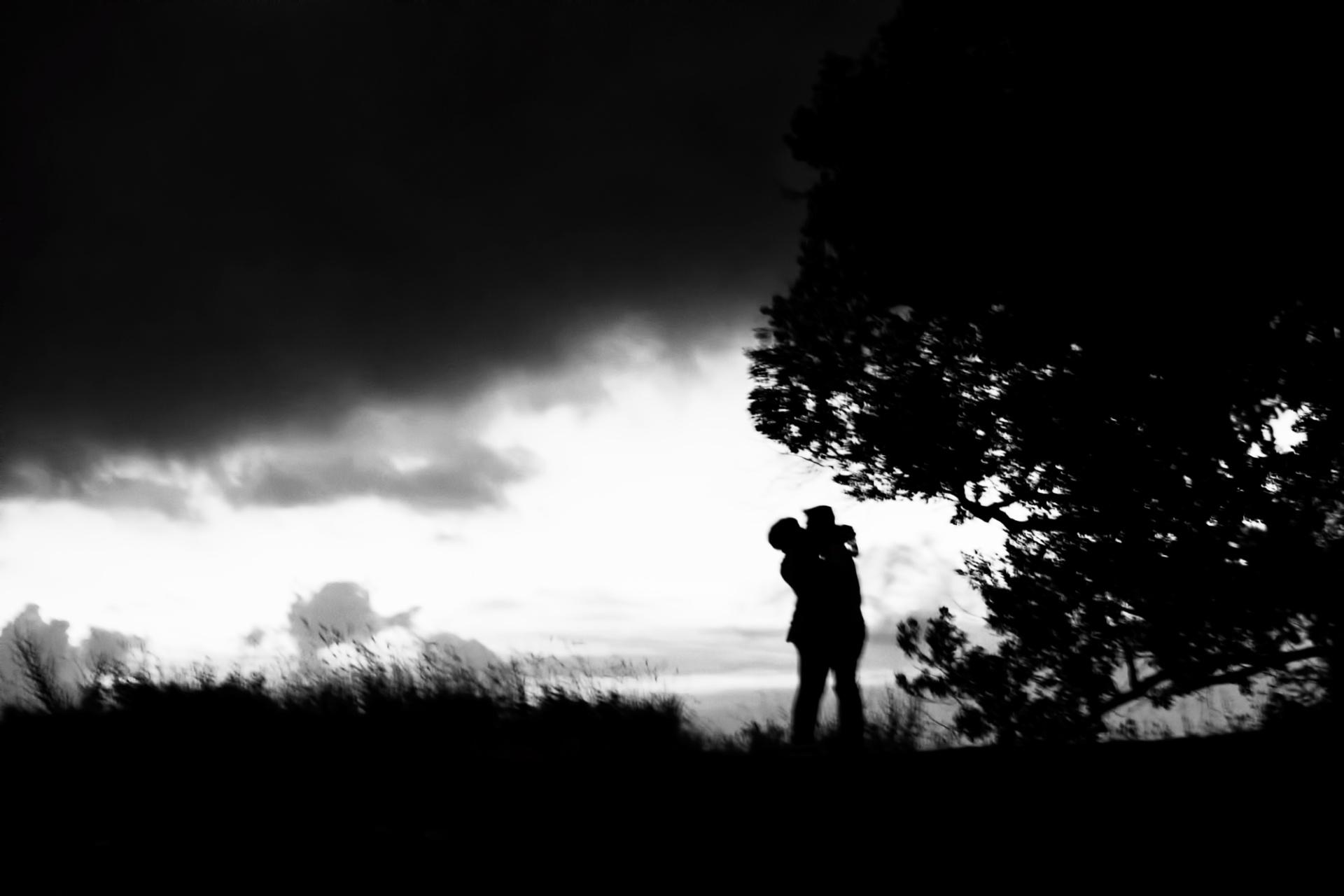 Love, Le Fotografie comprese in questo portfolio rappresentano solo una limitata selezione della più ampia e variagata produzione dell'autore. Una raccolta antologica, che comprende oltre un
