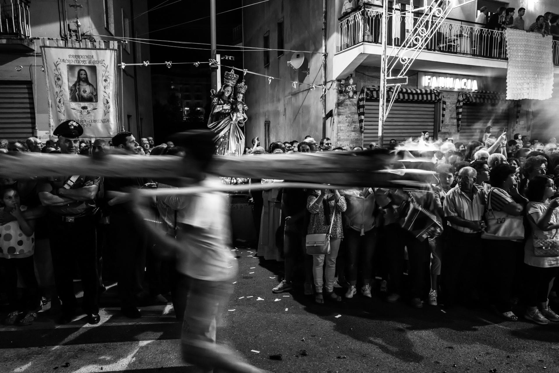 I zigni di Verbicaro, Il rito arboreo dei Zigni è un' antica tradizione verbicarese che si rinnova ogni anno nella notte tra il 1° e il 2 luglio in concomitanza con la festa patronale in onore della Madonna