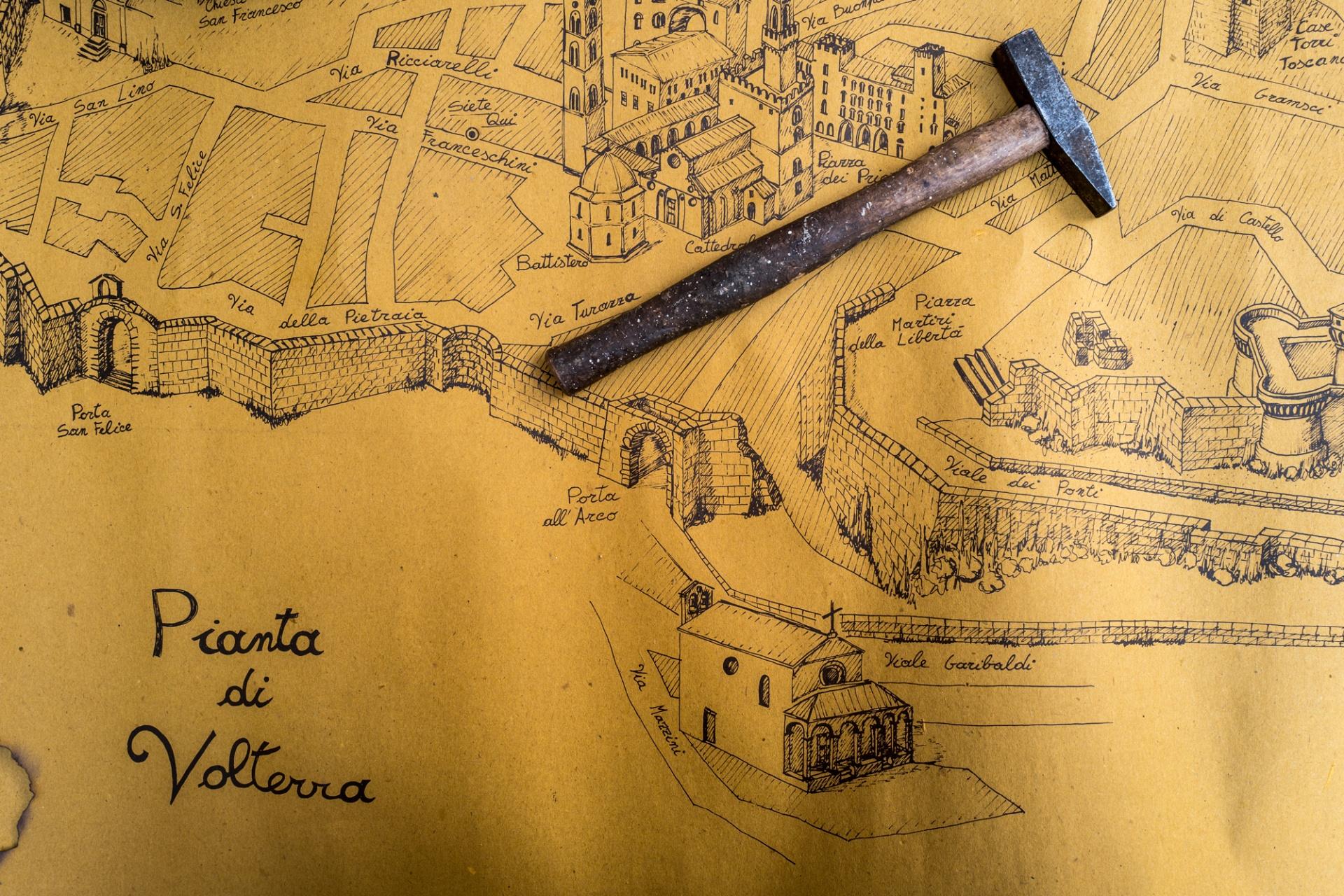 Volterra A.D. 1398, Sarà per un' organizzazione attenta a ogni dettaglio, sarà per la splendida cornice ambientale rappresentata dalla meravigliosa città toscana, Volterra A.D. 1398 rappresenta una